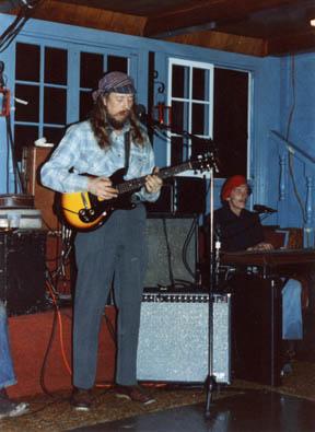 Snake: Dave Ray and John Beach